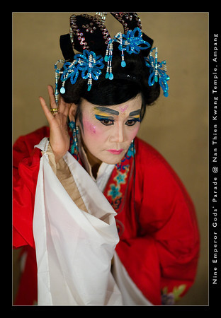 The actual nine emperor gods celebration begins with the staging of the Chinese Opera or Amoy Opera on the first day of the ninth moon.