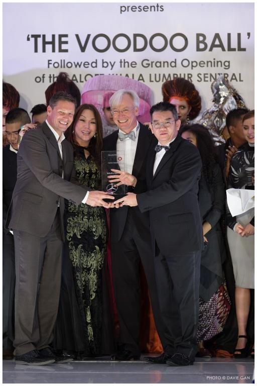 Lifetime achievement award: Mr. Albert Chia, Group Managing Director of Bonia